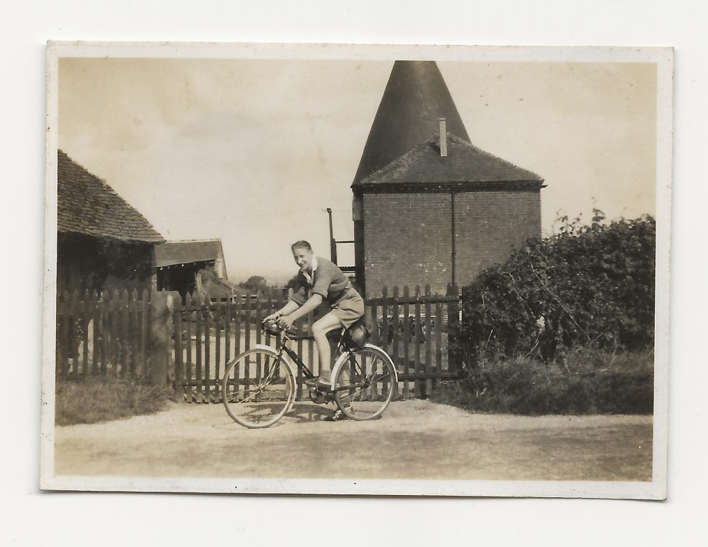 Eric at Five Oak Green with the Eagle Social and Cycling Club about 1942